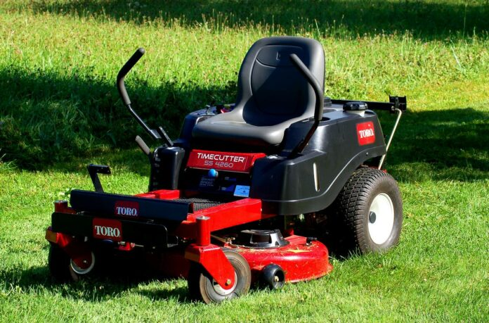 Lawn Mower Tips That Help People Mow Their Lawns Without Too Much Effort