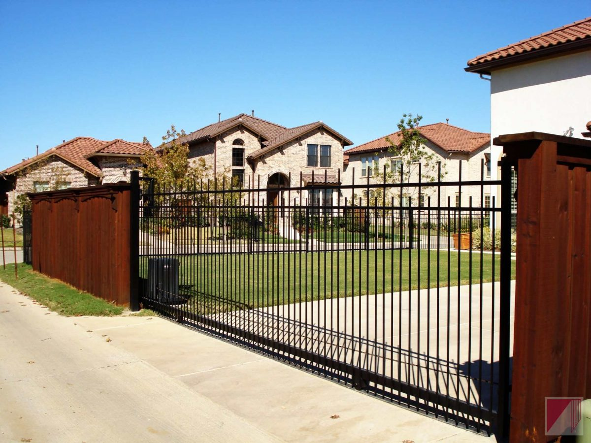 How to choose the best automatic gate opener?