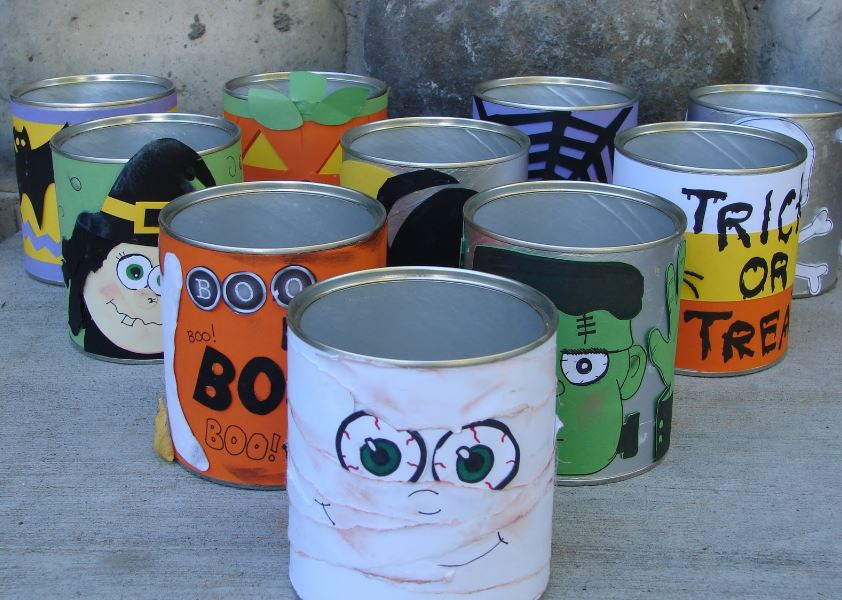 Tin Can Bowling - 10 Best Outdoor Gamesfor Family