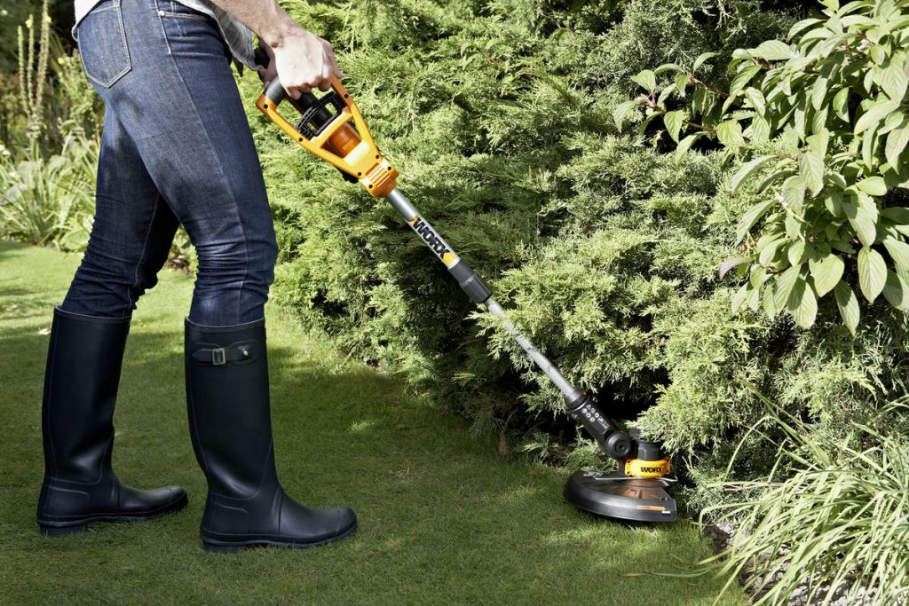 How To Properly Maintain Your Weed Eater