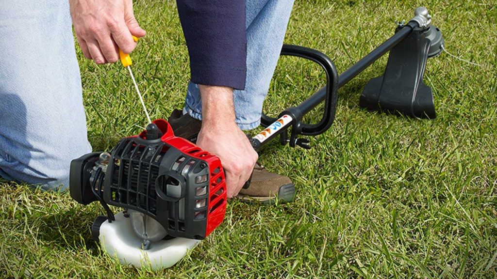 First Time Guide to Using a String trimmer